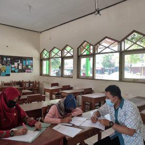 Dampingi Sahabat Madrasah, MTs Negeri 1 Banjarnegara Bimbing KSM Matematika Terintegrasi MI Tingkat Provinsi